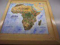 Afrika, Geografisches Reliefbild, handmodelliert by Ottmar Gebhardt