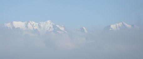 Berge-alpen-mountains-nebel-schweiz