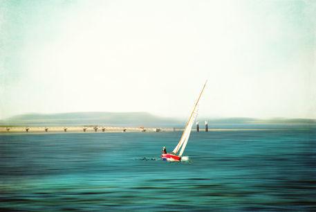 2011-05-23-18-30-29dsc-0054-sailing-christine-motion-texture-retro