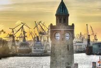 Landungsbrücken Hamburg by benyamon