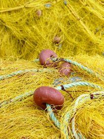 Fischernetze by Petra Gurtner