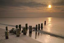 Buhne im Sonnenuntergang von Rico Ködder