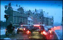 Schneematschverkehr zur blauen Stunde von opaho
