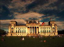 Reichstag in Nachmittgagssonne by editionkatzenstein