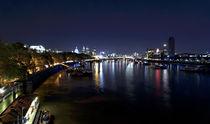 London bei Nacht. Themseufer.