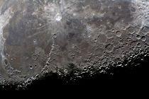 Mond-Ausschnitt mit Krater Kopernikus von monarch