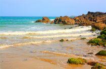 Traumhafter Naturstrand an der bretonische Küste in Frankreich by mellieha