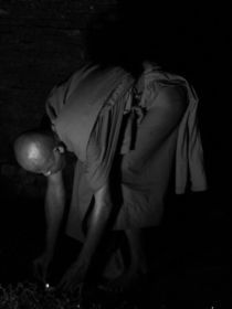 Monk in South East Asia von littlepeak