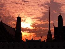 Tempel im Sonnenuntergang von littlepeak