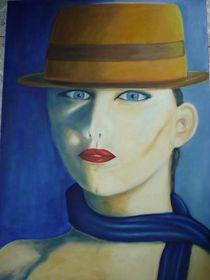 Frau mit Filzhut by Margit Daut
