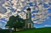 Kapelle in Südtirol im Gegenlicht von rheo