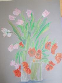 2 Vasen mit Tulpen rosa und rot by Eva Jacqueline Weniger