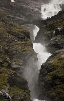 Wasserfall Stigfossen in Norwegen - Trollstigen von magdeburgerin