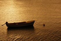 Boot zur goldenen Stunde by lucie