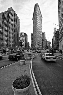 Flat Iron Building, New York Manhattan von Marc Mielzarjewicz