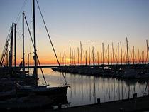 Segelboote im Hafen von misslu