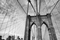 Auf der Brooklyn Bridge by buellom