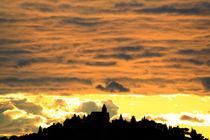 Sonnenuntergang mit Kirche by buellom