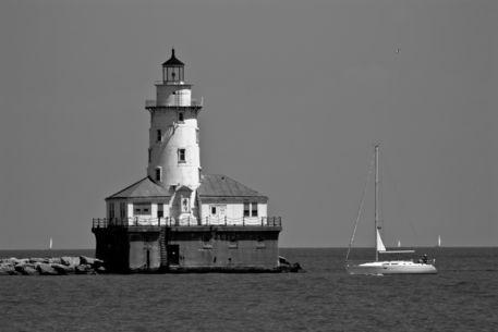 Chicago-lighthouse-b-w