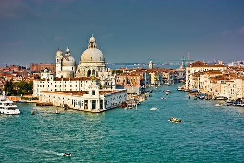Venice-grande-canal-entrance-2