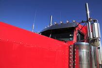 roter amerikanischer Lastwagen von Willy Matheisl
