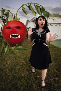 Killer tomato by myphotography