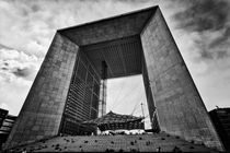 Grande Arche in Paris by Stefan Nielsen