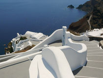 Santorini, Architektur in Firostefani by Almut Rother