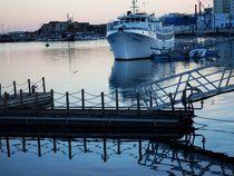 Hafen und Schiff by Melanie Codea