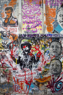 Hosier Lane, Melbourne by Mike Greenslade