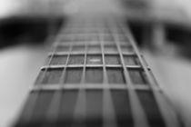 Sixstrings by Dan Ryan