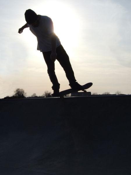 Skateboarding-by-takexmyxscars-d30hk03