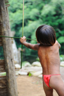 The embera warrior child von Victor Santamaria Gonzalez