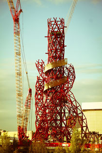 London 2012 Orbit Tower by kofi