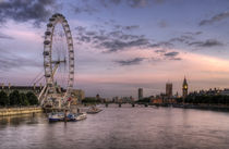 Watercolour Skies over London von tgigreeny
