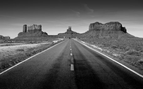 Monument-valley-highway