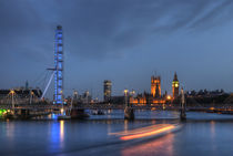 The Thames at Dusk von tgigreeny