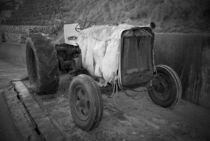 Old Tractor by tgigreeny