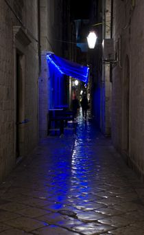 Blue Alley by tgigreeny