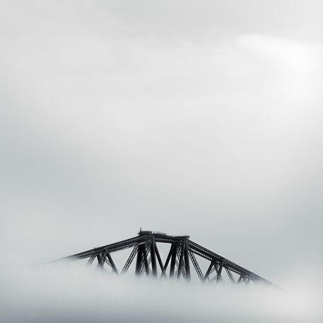 Forth-rail-bridge-fog-b-w
