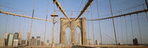 USA, New York State, New York City, Brooklyn Bridge at dawn von Panoramic Images