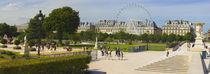 Tourists in a garden, Jardin de Tuileries, Paris, Ile-de-France, France von Panoramic Images