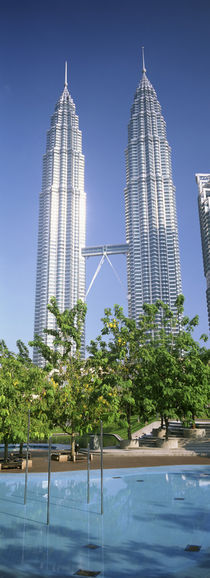 Malaysia, Kuala Lumpur, View of Petronas Twin Towers von Panoramic Images
