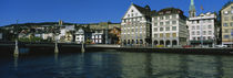 Buildings at the waterfront, Limmat Quai, Zurich, Switzerland von Panoramic Images