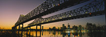 Low angle view of a bridge across a river, New Orleans, Louisiana, USA von Panoramic Images