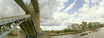 Low angle view of a drawbridge, Tower Bridge, London, England von Panoramic Images