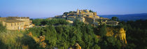 Town at a hillside, Roussillon, Luberon, Provence-Alpes-Cote d'Azur, France von Panoramic Images