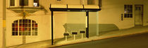 USA, California, San Francisco, Bus stop at night von Panoramic Images
