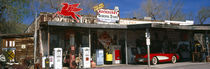 Store with a gas station on the roadside, Route 66, Hackenberry, Arizona, USA von Panoramic Images
