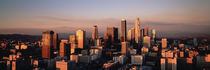 Skyline At Dusk, Los Angeles, California, USA von Panoramic Images